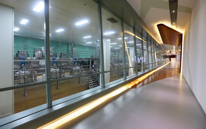智能化工厂参观走廊